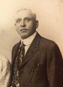 Louis Vitak